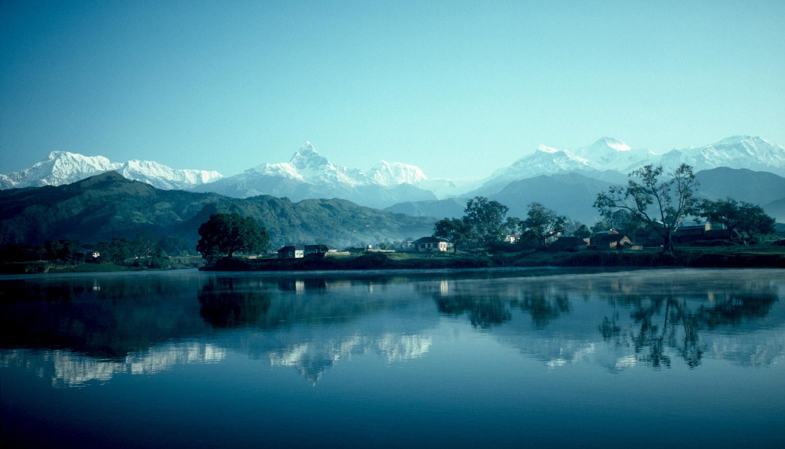 Phewa.Lake.rim himalayan trek