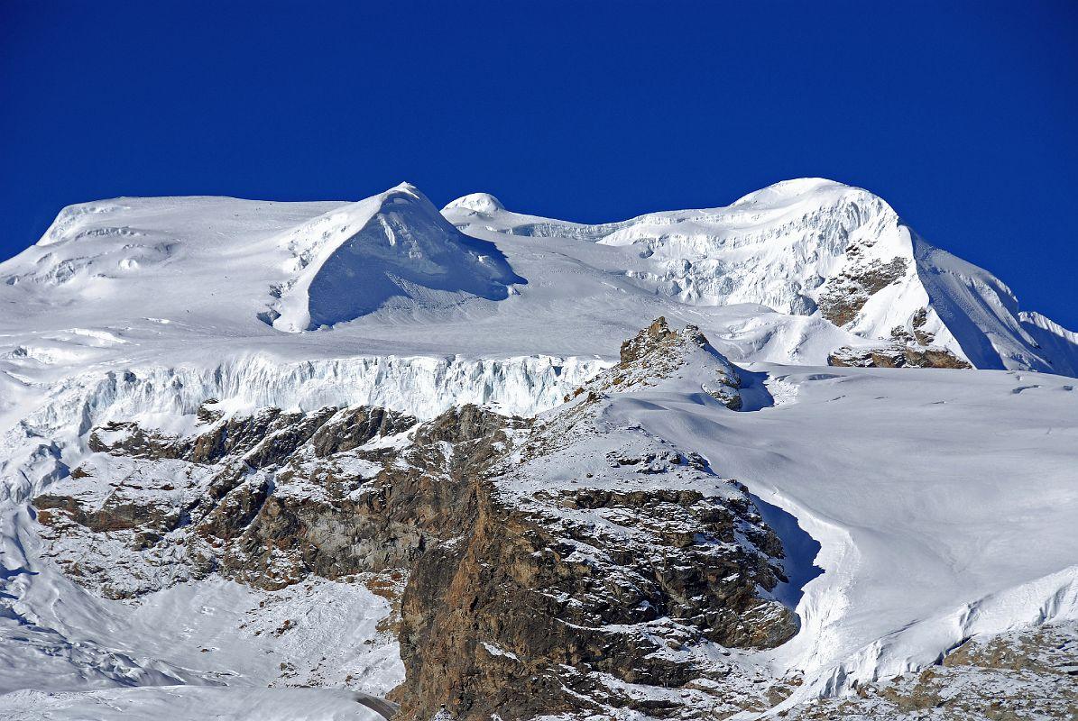 mera peak 2 discover himalayan treks